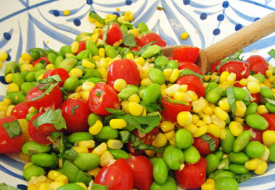 Toasted Corn, Cherry Tomato and Edamame Salad | Hottie Biscotti