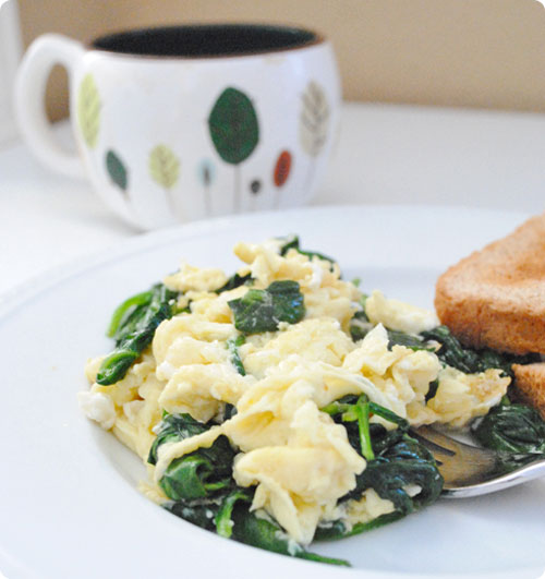 Scrambled Eggs With Spinach And White Cheddar Recipes ...