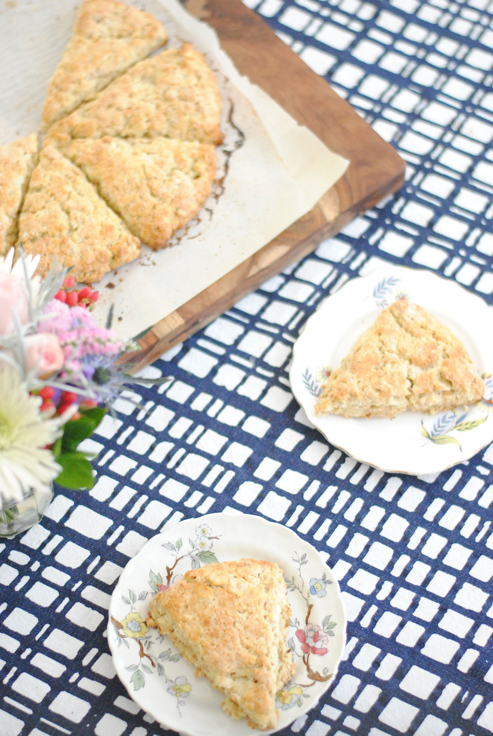 Toasted Oat Scones | Hottie Biscotti