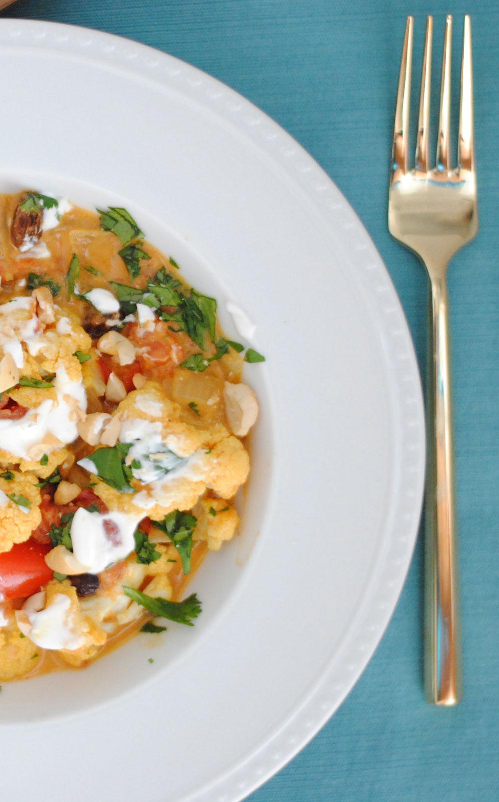 Cauliflower Coconut Curry | Hottie Biscotti